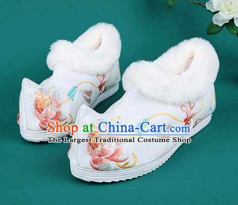 Chinese Traditional Embroidered Flowers Winter White Boots Hanfu Shoes Cloth Boots for Women