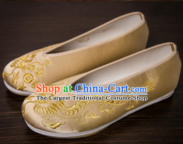 Handmade Chinese Bridegroom Embroidered Dragon Golden Shoes Traditional Kung Fu Shoes Hanfu Shoes for Men