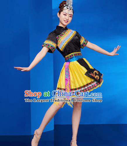 Traditional Chinese Zhuang Nationality Folk Dance Yellow Dress National Ethnic Dance Costume for Women