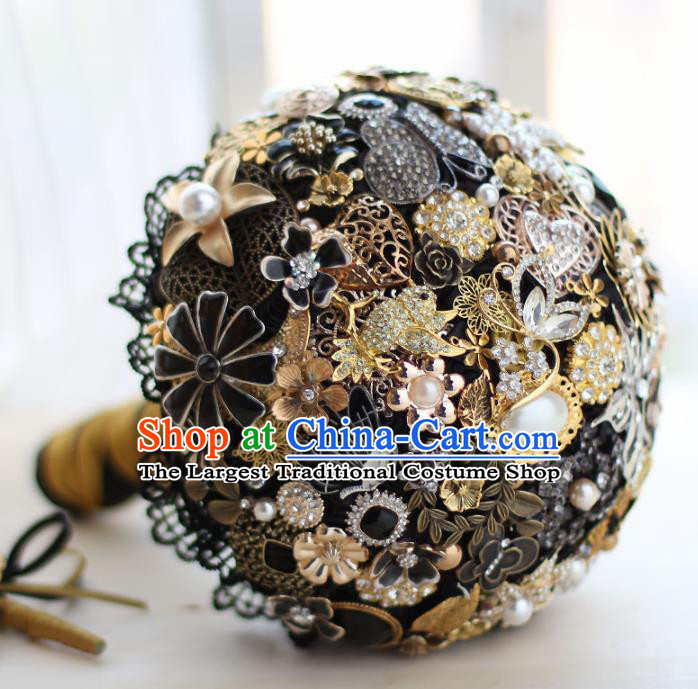 Top Grade Wedding Bridal Bouquet Hand Crystal Black Ball Tied Bouquet Flowers for Women