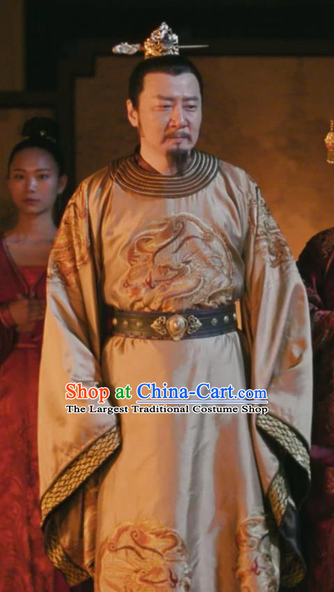 Chinese Drama The Story Of MingLan Ancient Song Dynasty Emperor Embroidered Costume for Men