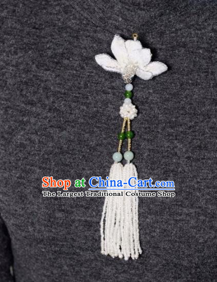 Chinese Traditional Jewelry Accessories Classical Embroidered Mangnolia Tassel Brooch for Women