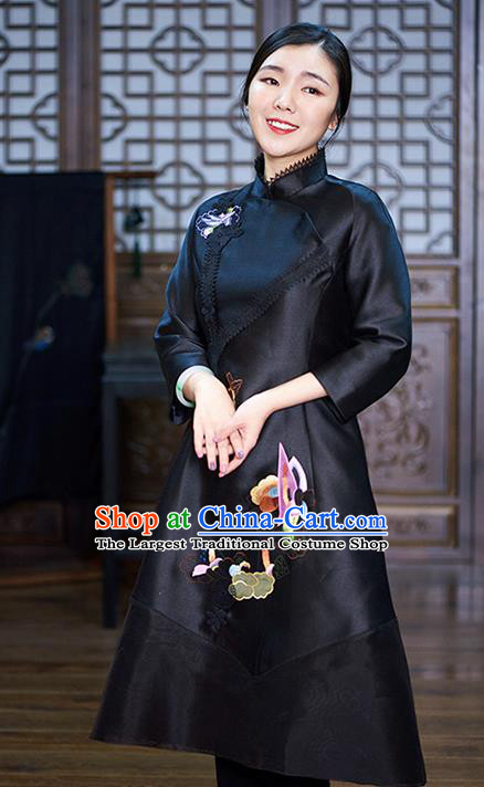 Chinese Traditional National Costume Tang Suit Silk Cheongsam Embroidered Black Qipao Dress for Women