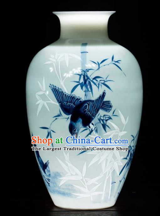 Chinese Jingdezhen Ceramic Enamel Vase Handicraft Traditional Porcelain Vase