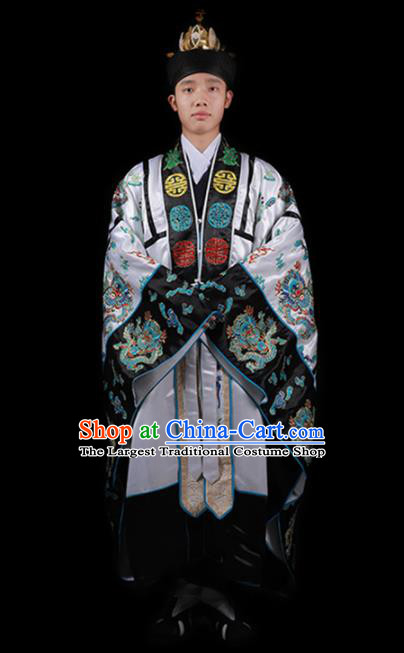 Chinese National Taoism Embroidered Dragons White Cassock Traditional Taoist Priest Rites Costume for Men