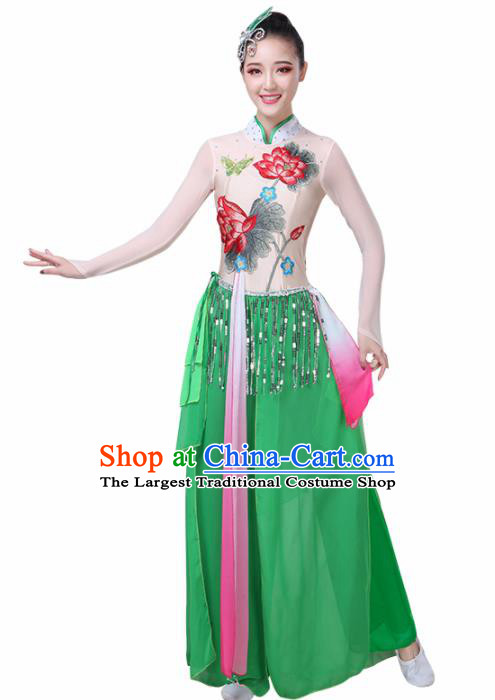 Chinese Traditional Lotus Dance Costume Classical Dance Group Dance Green Dress for Women