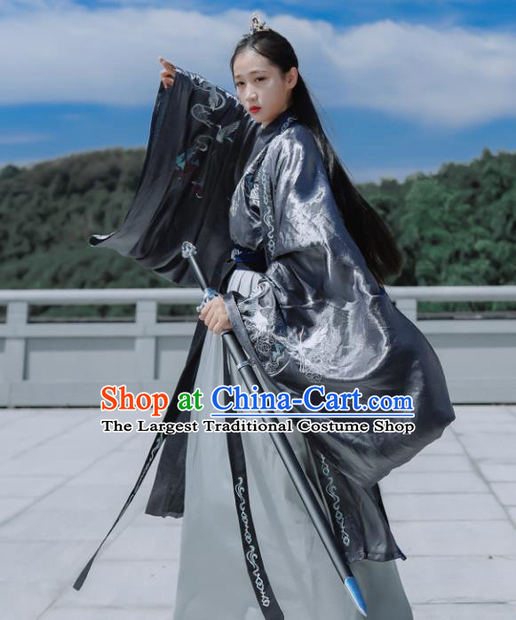 Traditional Chinese Jin Dynasty Embroidered Historical Costume Ancient Swordswoman Hanfu Dress for Women