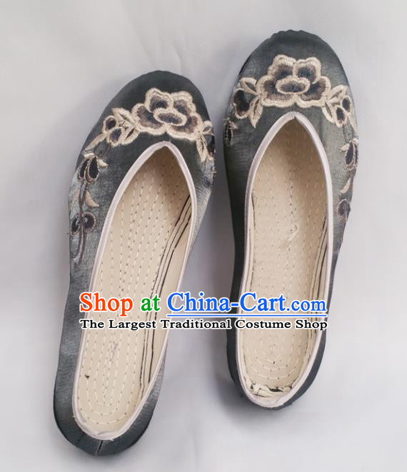 Chinese Ancient Princess Shoes Traditional Cloth Shoes Hanfu Shoes Grey Embroidered Shoes for Women