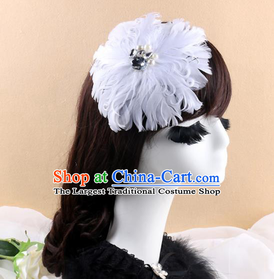 Top Grade Bride White Feather Round Hair Claw Headwear Brazilian Carnival Hair Accessories for Women
