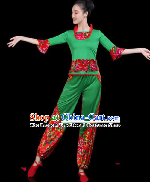 Traditional Chinese Yangko Group Dance Folk Dance Green Clothing Fan Dance Stage Performance Costume for Women