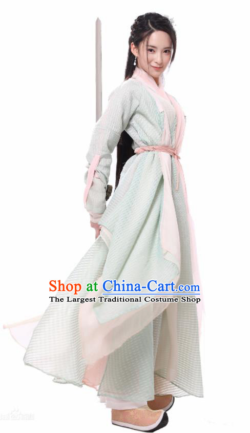Chinese Ancient Swordswoman Hanfu Dress Yuan Dynasty Drama Heavenly Sword Dragon Slaying Saber Yang Buhui Historical Costume for Women
