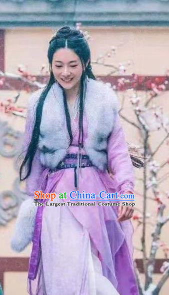 Chinese Ancient Nobility Lady Hanfu Dress Heavenly Sword Dragon Slaying Saber Swordswoman Zhu Jiuzhen Historical Costume for Women