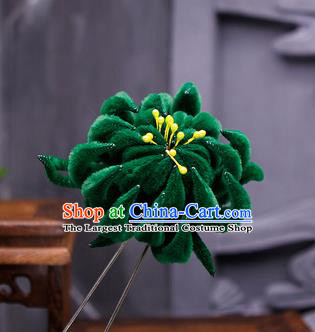 Traditional Chinese Handmade Qing Dynasty Deep Green Velvet Chrysanthemum Hairpins Ancient Imperial Consort Hair Accessories for Women