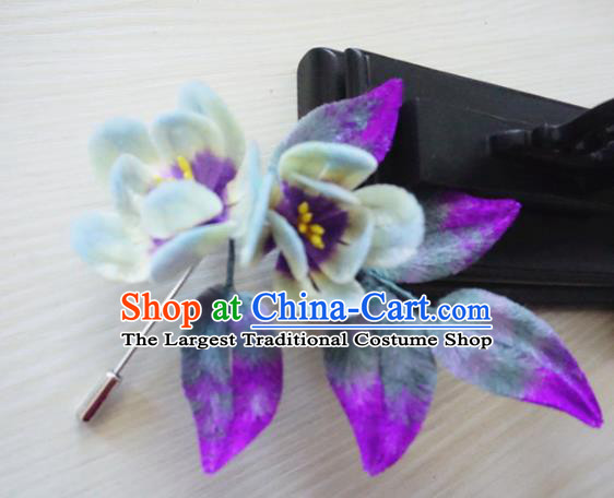Handmade Chinese Classical Velvet Flowers Brooch Ancient Palace Breastpin for Women