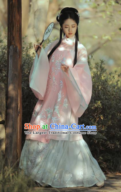 Chinese Traditional Ming Dynasty Princess Historical Costume Ancient Peri Embroidered Hanfu Dress for Women