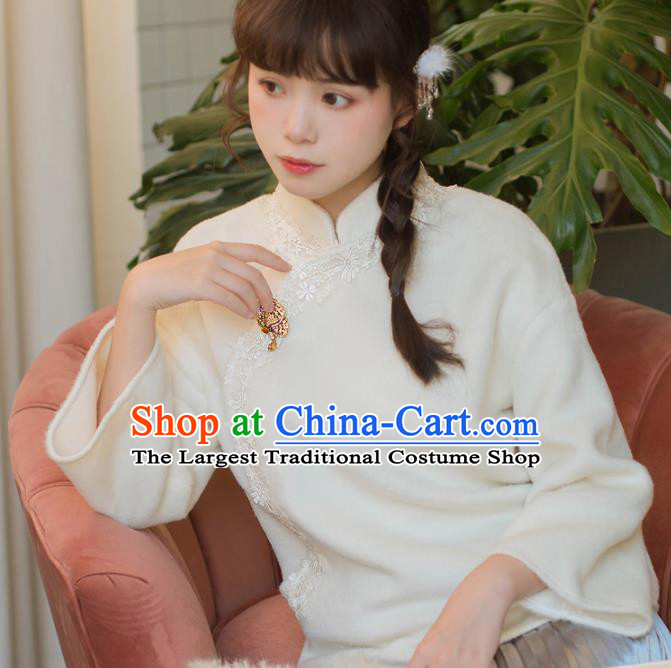 Chinese National Classical White Blouse Traditional Tang Suit Upper Outer Garment for Women