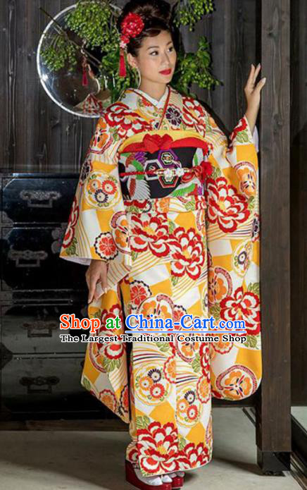 Japanese Traditional Costume Geisha Printing Yellow Furisode Kimono Asian Japan Yukata Dress for Women