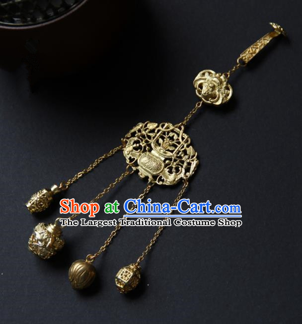 Traditional Chinese Ancient Palace Brass Brooch Handmade Hanfu Breastpin Tassel Pendant for Women
