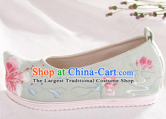 Chinese Traditional Embroidered Peach Blossom Green Shoes Hanfu Cloth Shoes Handmade Ancient Princess Shoes for Women