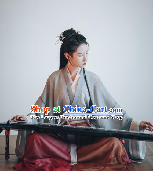 Chinese Ancient Jin Dynasty Swordswoman Hanfu Dress Traditional Drama Court Lady Historical Costume for Women