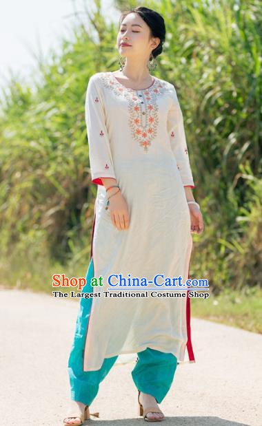 South Asian India Traditional Punjabi Costumes Asia Indian National Beige Blouse and Pants for Women