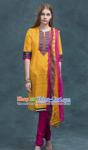 South Asian India Traditional Yellow Costume Asia Indian National Punjabi Suit for Women