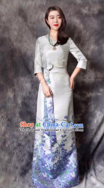 Chinese Traditional Ethnic Bride Tibetan Robe Zang Nationality Female White Silk Dress Costume for Women