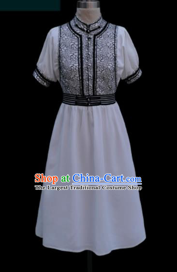 Traditional Chinese Mongol Ethnic White Dress Mongolian Minority Folk Dance Clothing for Kids
