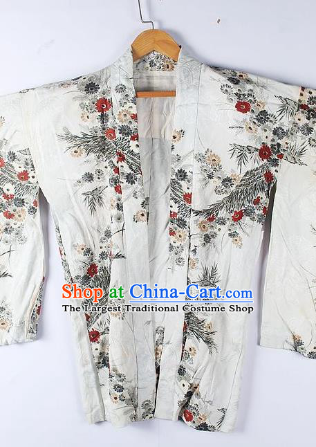 Asian Japanese Clothing Classical Pattern White Haori Coat Kimono Traditional Japan National Costume for Men
