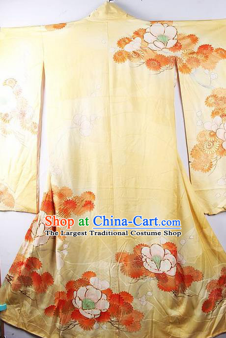 Asian Japanese Printing Camellia Yellow Iromuji Furisode Kimono Ceremony Costume Traditional Japan Yukata Dress for Women