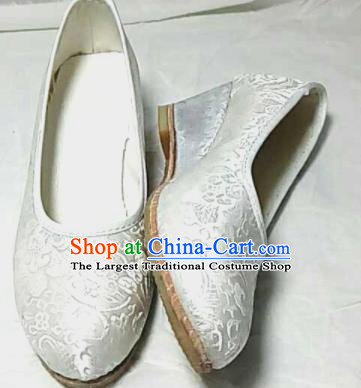Traditional Chinese White Satin High Heel Shoes Handmade Hanfu Shoes Ancient Princess Shoes for Women
