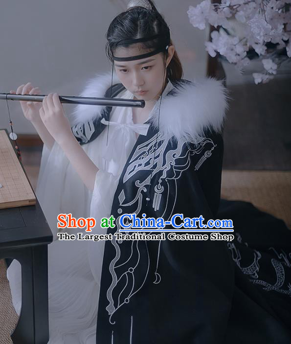 Chinese Ancient Swordsman Embroidered Black Cape Traditional Jin Dynasty Prince Clothing for Men