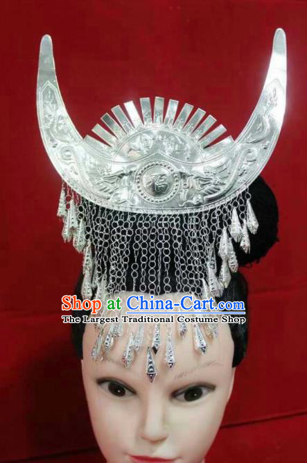 Chinese Traditional Handmade Miao Nationality Silver Horn Hair Crown Hairpins Ethnic Wedding Hair Accessories for Women