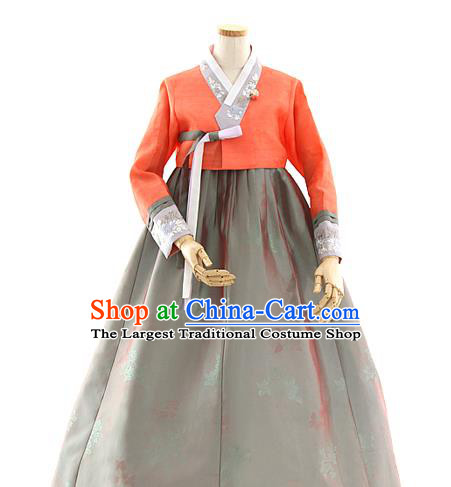 Korean Traditional Wedding Red Blouse and Grey Dress Korea Fashion Bride Costumes Hanbok Apparels for Women