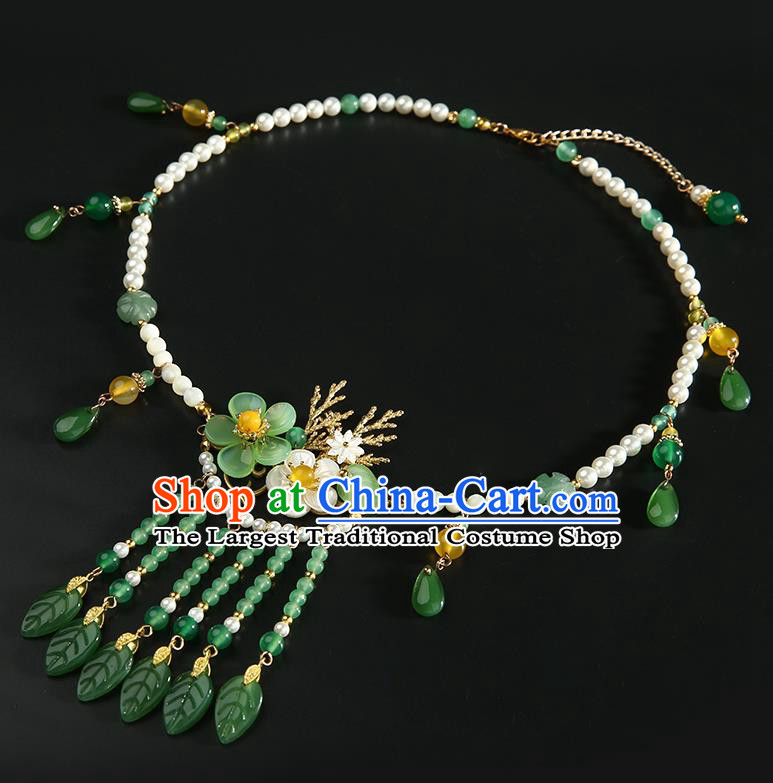Chinese Handmade Green Beads Tassel Necklet Classical Jewelry Accessories Ancient Hanfu Plum Blossom Necklace for Women