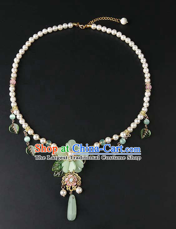 Chinese Handmade Green Peach Blossom Necklet Classical Jewelry Accessories Ancient Hanfu Pearls Necklace for Women