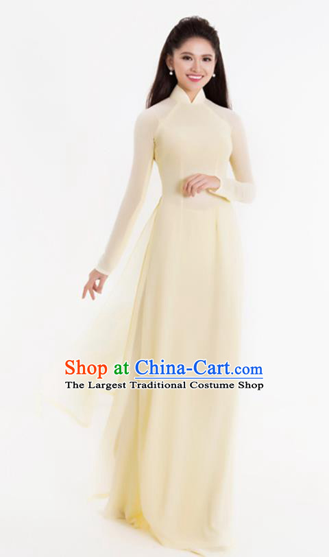 Asian Vietnam Classical Beige Ao Dai Qipao Traditional Vietnamese Costumes Cheongsam Dress and Pants for Women