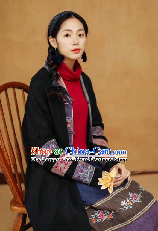 China Tang Suit Women Black Overcoat Traditional Winter Costume National Embroidered Cotton Padded Coat