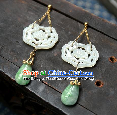 China Traditional Handmade White Jade Lock Ear Accessories National Wedding Jewelry Ancient Qing Dynasty Earrings