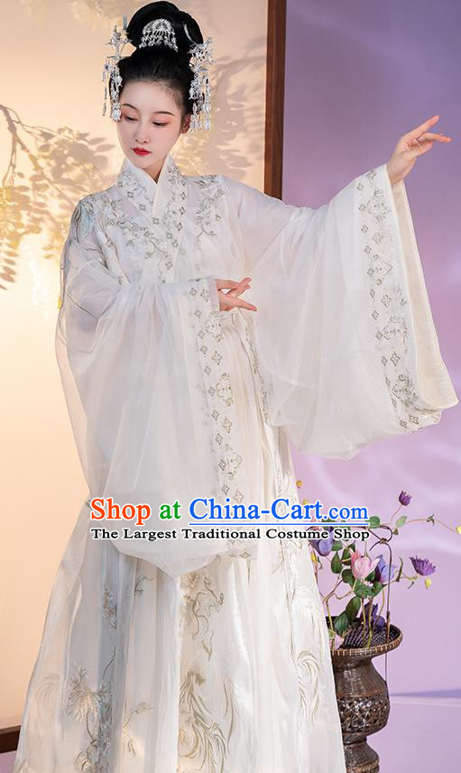 China Jin Dynasty Court Lady Clothing Embroidered White Hanfu Dress Traditional Ancient Imperial Concubine Costume