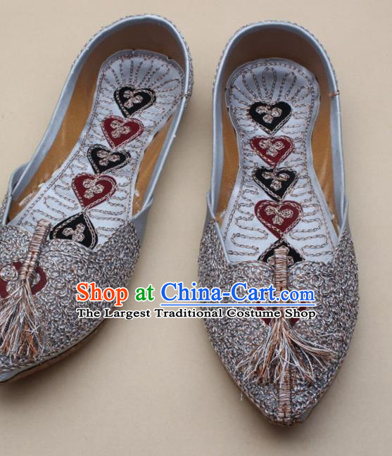 Asian Nepal National Handmade Light Grey Embroidered Shoes Indian Traditional Folk Dance Leather Shoes for Women