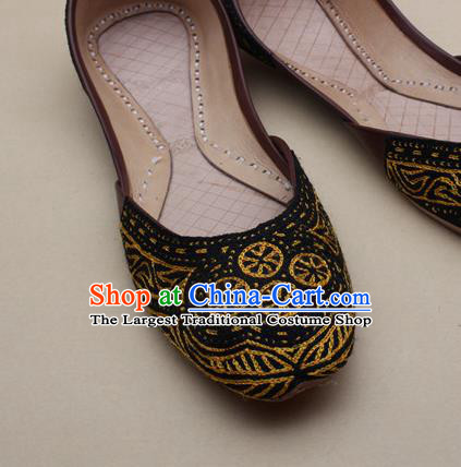 Asian Nepal National Handmade Beaded Black Shoes Indian Traditional Folk Dance Leather Shoes for Women