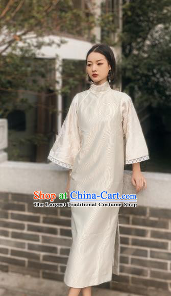 Chinese Traditional White Silk Cheongsam Costume Republic of China Mandarin Qipao Dress for Women