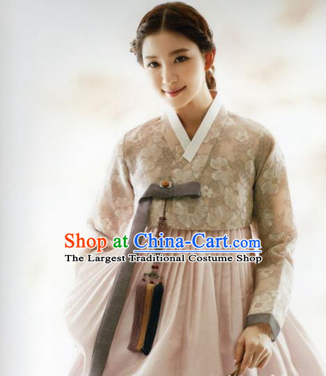 Korean Traditional Hanbok Princess Blouse and Pink Dress Outfits Asian Korea Fashion Costume for Women