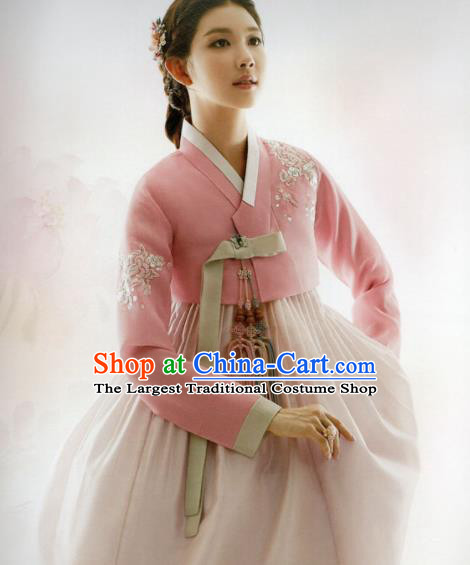 Korean Traditional Hanbok Princess Embroidered Pink Blouse and Dress Outfits Asian Korea Fashion Costume for Women