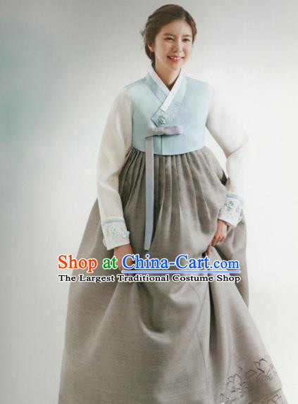 Korean Traditional Hanbok Wedding Mother Blue Blouse and Grey Dress Outfits Asian Korea Fashion Costume for Women