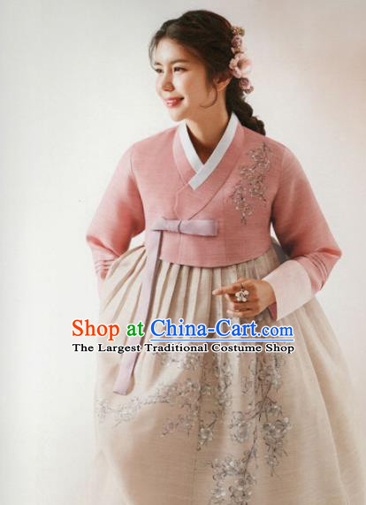 Korean Traditional Hanbok Wedding Mother Embroidered Pink Blouse and Beige Dress Outfits Asian Korea Fashion Costume for Women