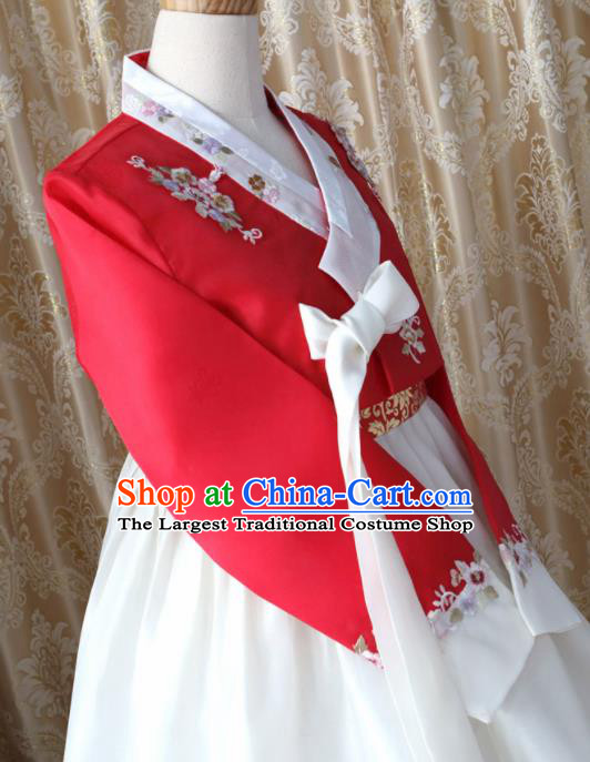 Korean Traditional Garment Hanbok Red Blouse and White Dress Outfits Asian Korea Fashion Costume for Women
