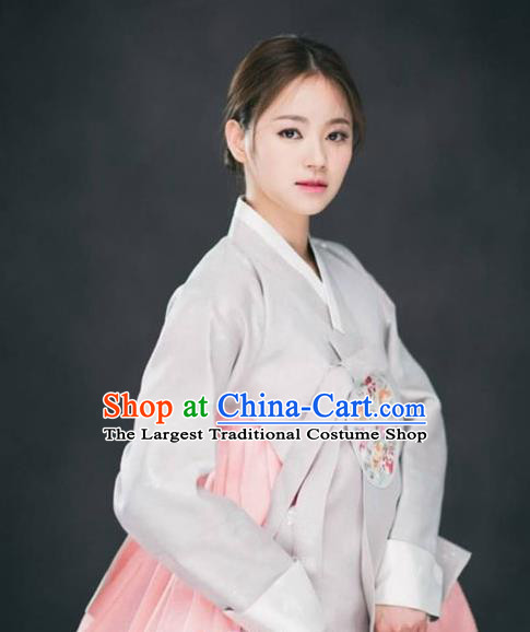 Korean Traditional Garment Hanbok Grey Blouse and Pink Dress Outfits Asian Korea Fashion Costume for Women