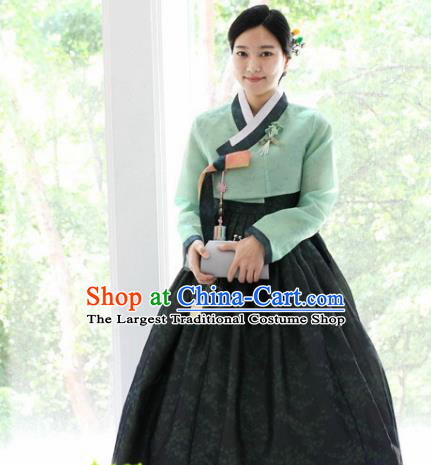 Korean Traditional Garment Green Blouse and Black Dress Mother Hanbok Asian Korea Fashion Costume for Women